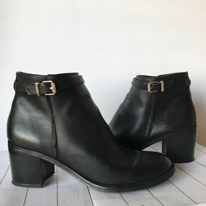 Circus by Sam Edelman Black Booties Ankle Boots 10